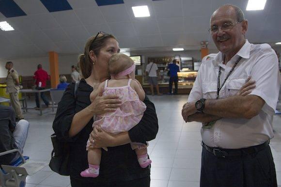 Armando Garbalosa, jefe de Seguridad Aeronáutica del IACC, en la Terminal 2 del Aeropuerto Internacional José Martí, de La Habana. Foto: Ladyrene Pérez/ Cubadebate.