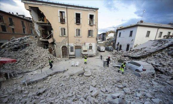 https://i0.wp.com/www.cubadebate.cu/wp-content/uploads/2016/08/edificio-destrozado-tras-terremoto-amatrice-1472028222874-580x350.jpg
