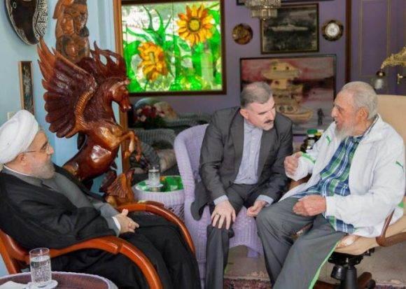 El distinguido visitante expresó su satisfacción por visitar a Cuba e hizo patente su admiración por la lucha, las realizaciones y su ayuda desinteresada a otros pueblos. Foto: Alex Castro