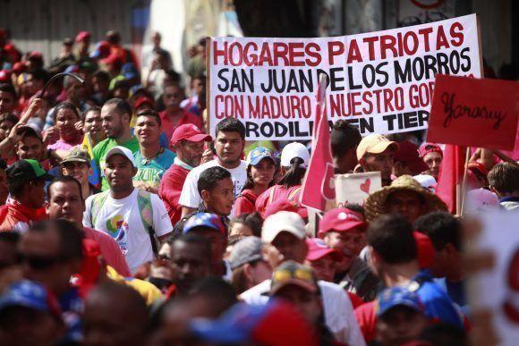 Pueblo Chavista se Concentra en Caracas