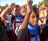 Inicio del nuevo curso escolar en una escuela primaria en Cuba