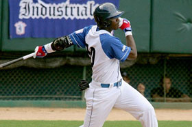 El capitalino Rudy Reyes disparó cuadrangular de dos carreras en el primer inning, durante el partido frente a Matanzas