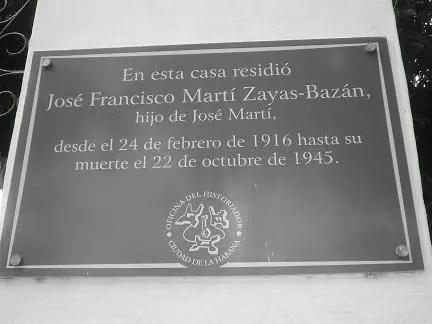 La viuda del Hijo de José Martí… nunca abandonó Cuba Placa-recien-instalada-en-la-sede-del-Centro-de-Estudios-Martianos-Foto-de-Leonardo-Calvo