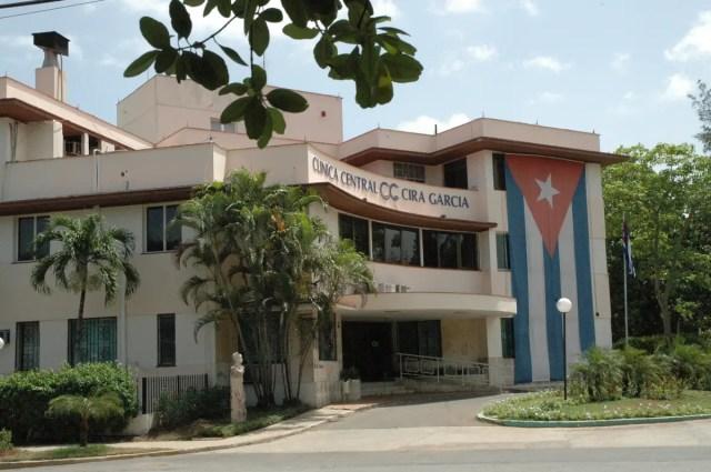 Las dos caras de la medicina cubana: clínicas solo para ...