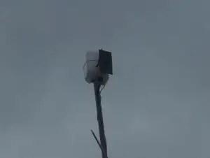 Una antena Wi-Fi en un barrio de La Habana. (foto Internet)