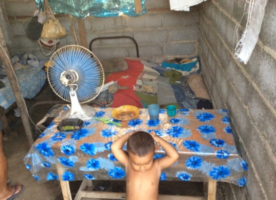 Así viven Solange y sus hijos (foto del autor)