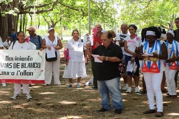 Raúl Borges Álvarez, del Partido U.D. C.C y Beta Soler líder de las D.Blanco (foto del autor)