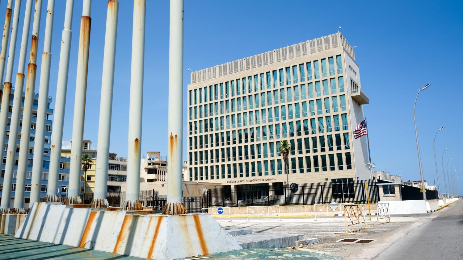 Cuba : Des Diplomates Victimes De Micro-ondes ?
