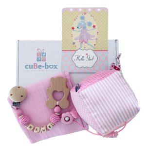 baby geschenk maedchen activitywuerfel hellrosa 1
