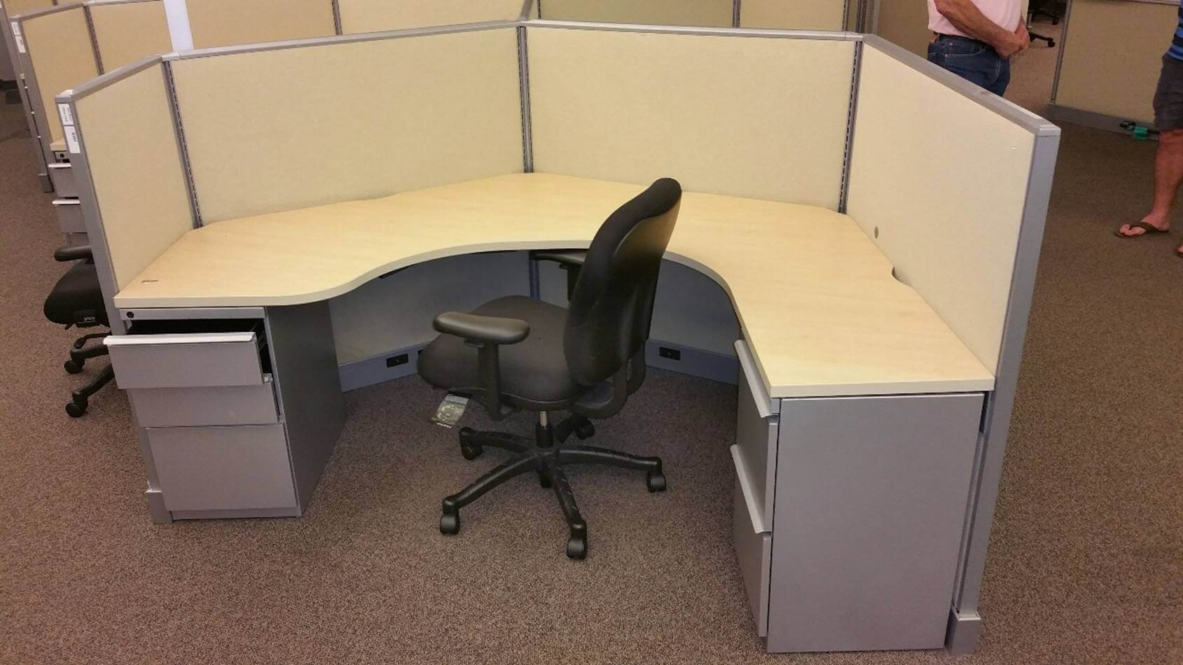 Used Knoll Equity 6x6  Medium Panels  Used Cubicles