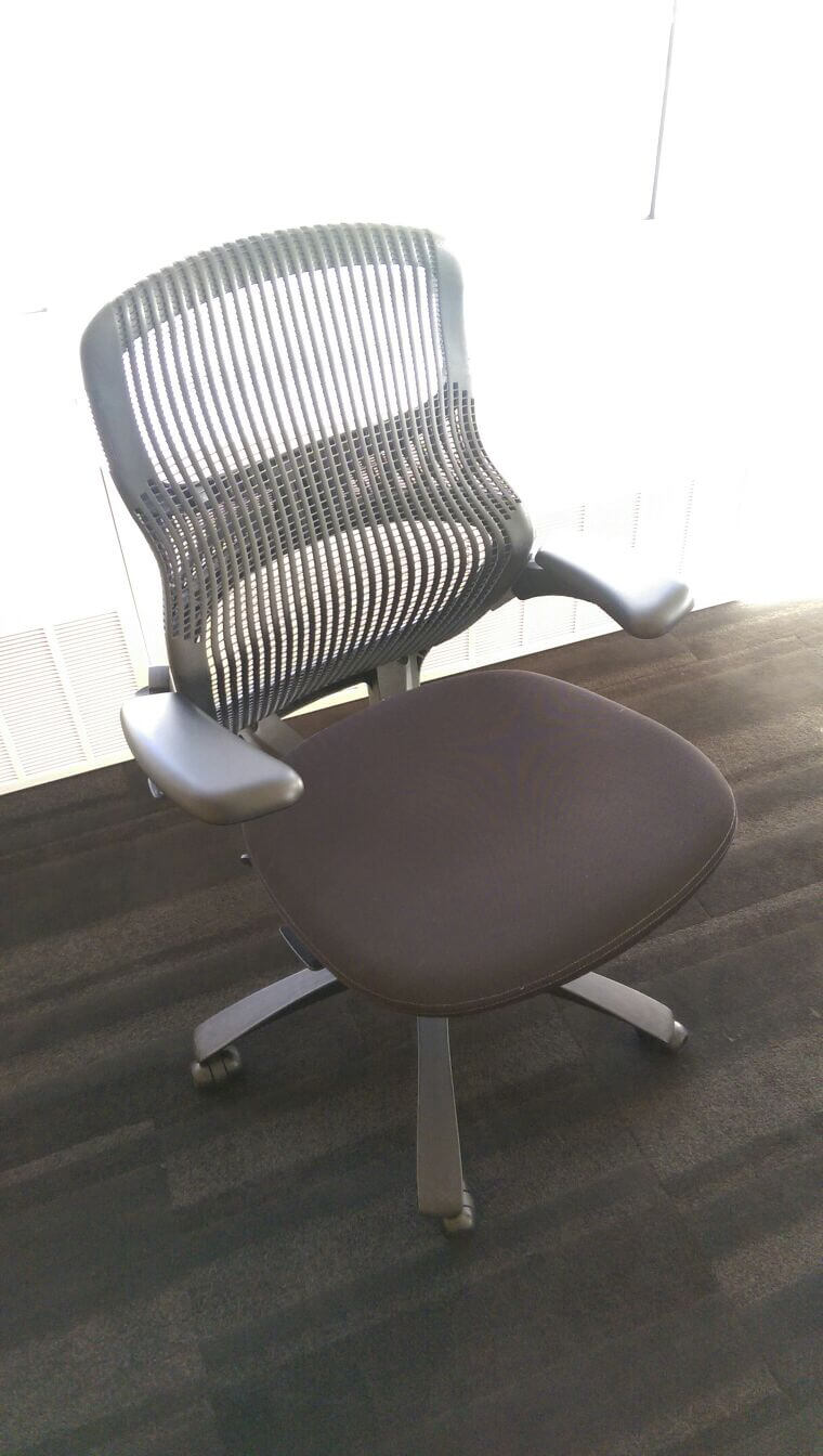 used desk chairs lazy boy lift reviews knoll second hand office comfortable and strong
