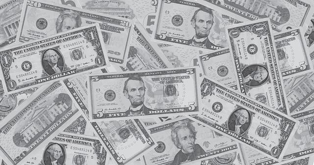住信SBI銀行の外貨手数料変更、ドル円手数料が1ドル15銭→4銭!これでますます米国株やETFの購入が割安になります。