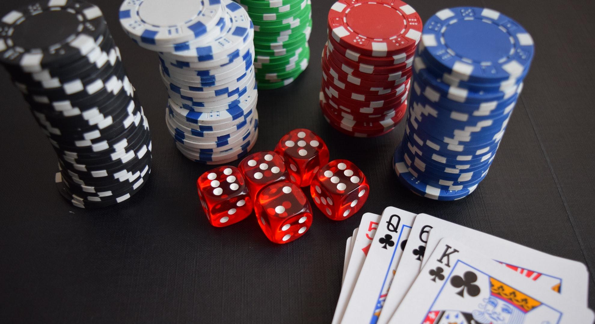 【マカオ】カジノ規制法案でマカオのカジノ株暴落中。