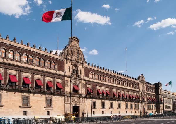 Palacio nacional de Mexico - atractivo turistico del estado de Mexico