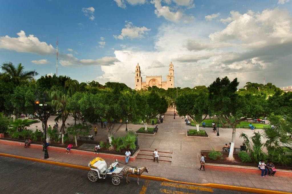 Merida Plaza Grande (courtesy Yucatan Tourism)A.JPG