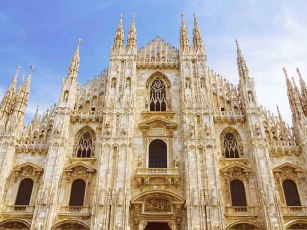 Catedral de Milan lugares turisitcos de italia