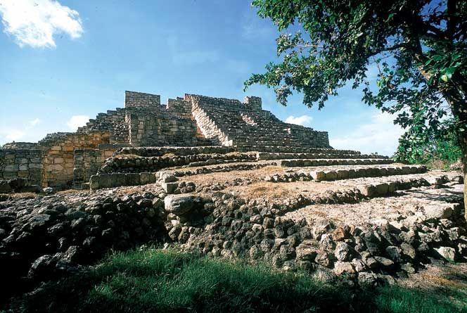 ruinas de Acanceh sitios naturales de yucatan