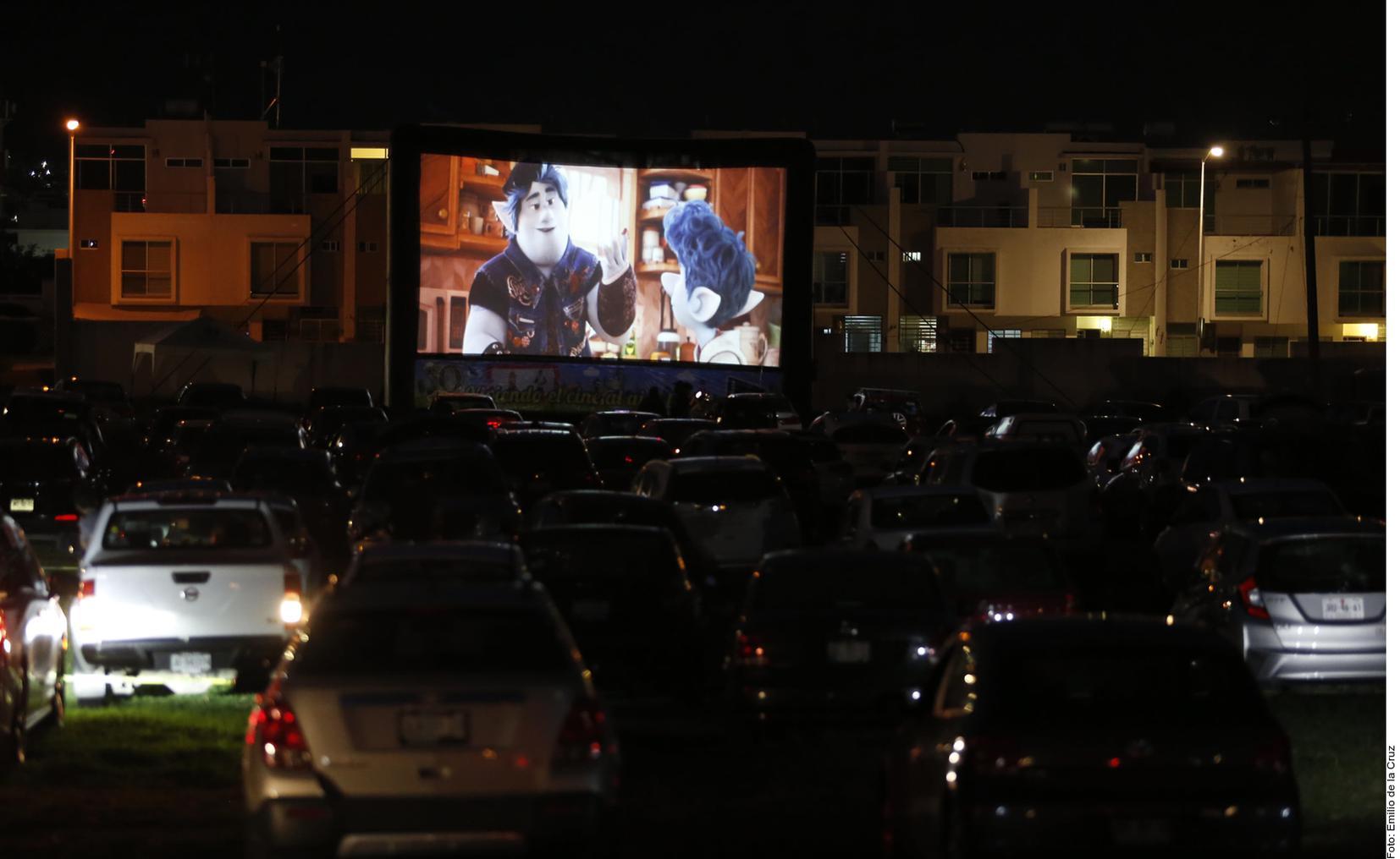 auto cinema cancun