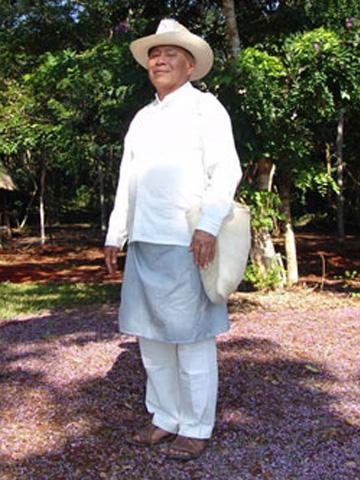 traje tipico del hombre de yucatan