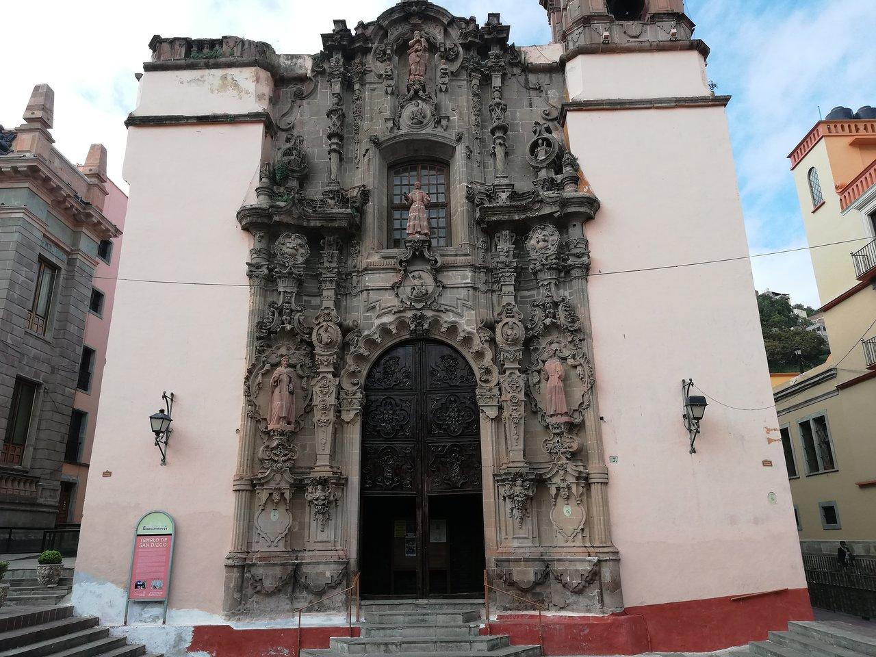 Templo de San Diego lugares turisticos guanajuato