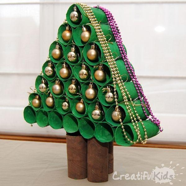 como hacer un arbol de navidad con carton