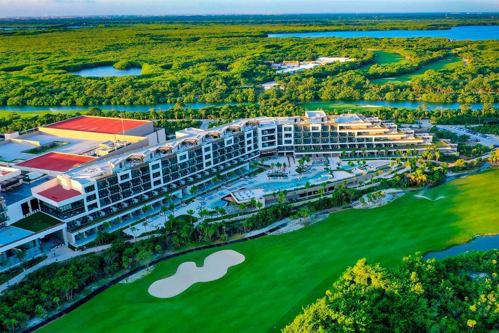 Estudio Playa Mujeres - Kids Free All Inclusive Resort