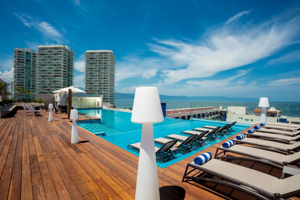 Crown Paradise Golden - mejores hoteles puerto vallarta