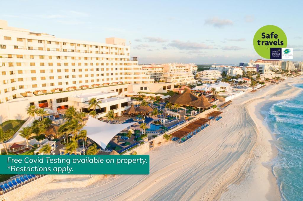 Hoteles en Playa Delfines Cancún