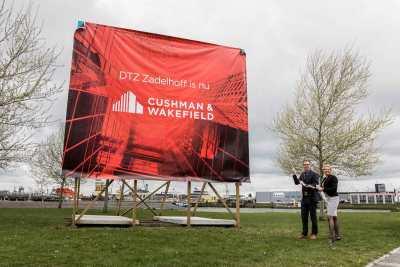 CW PortCity te Rotterdam 7 300x200 - REBRANDING NA EEN FUSIE