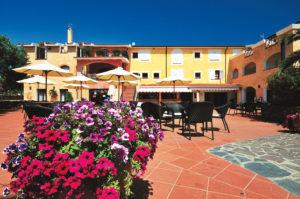 Il Club Hotel Eurovillage si trova in località Marina di Agrustos, a 3 km circa da Budoni e 10 km da San Teodoro, sulla costa nord-orientale della Sardegna. Questa zona ospita alcune delle spiagge più belle dell'isola, a breve distanza dalla Costa Smeralda. Il Resort, immerso nella vegetazione, dista solo 300-500 metri dalla spiaggia, raggiungibile attraverso una pineta.