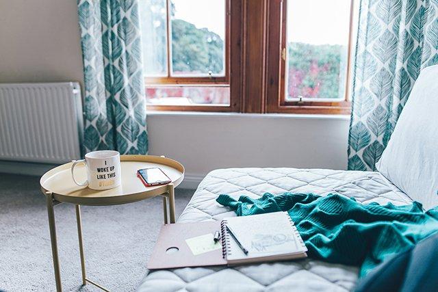 ボタニカルテイストのカーテン カーテン デザイン ボタニカル 植物柄