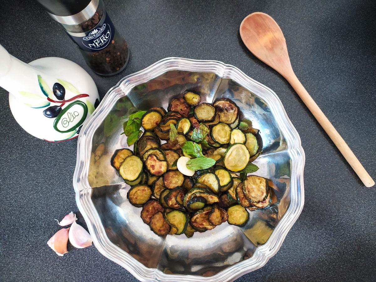 zucchini marinated alla scapece