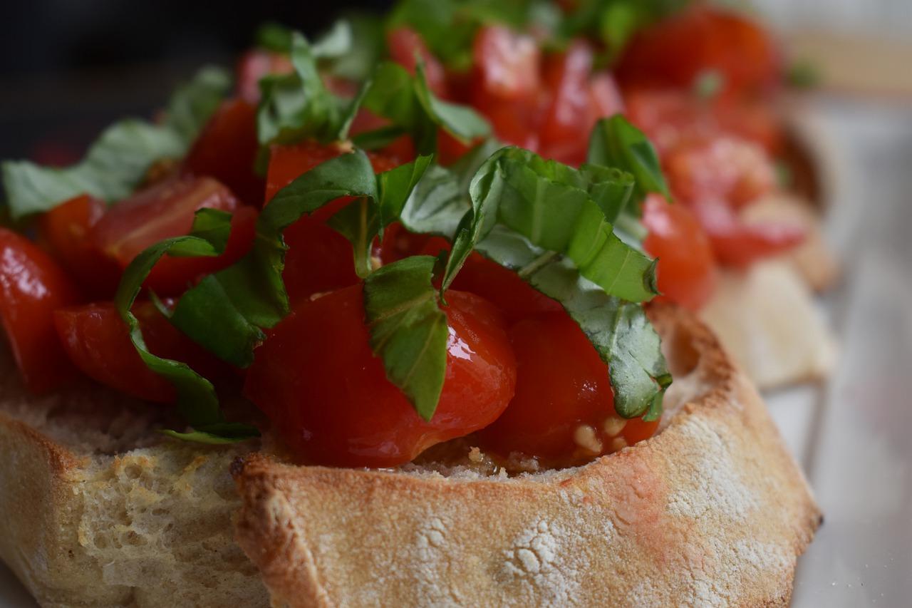 tomato bruschetta close up