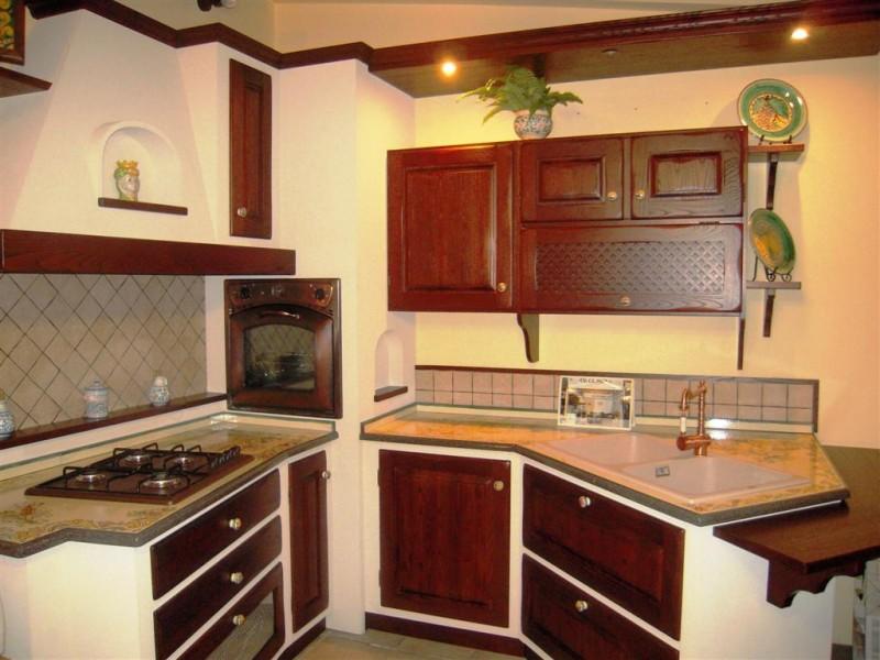 Cucina Catania  CuCeMur  Cucine in muratura prefabbricata  CuCeMur  Cucine in Muratura Tavoli in pietra lavica Top e lavelli in pietra