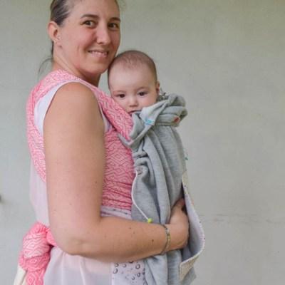 Cover babywearing per fascia e marsupi.