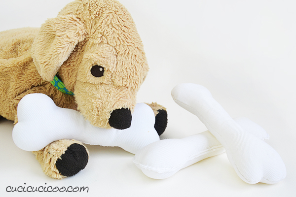 Sewing tutorial: Stuffed dog bones (easy sewing project for kids!)