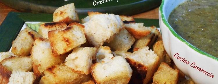 Crostini di pane per brodo e zuppe