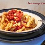 Pasta con sugo di pancetta