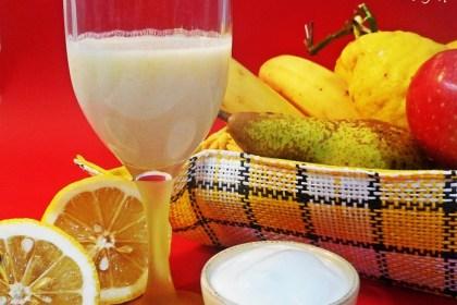 Succo di banana mela pera limone e yogurt