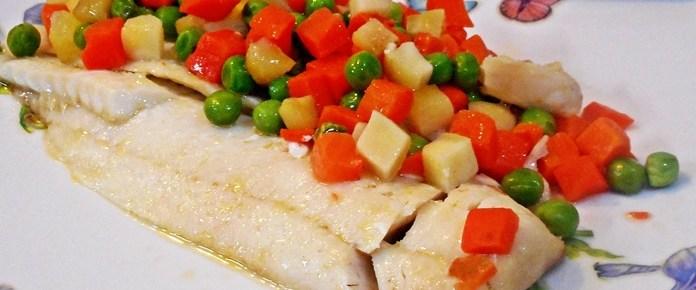 Filetti di pesce e verdure al forno