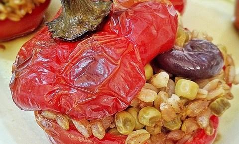 Papaccelle peperoni ripieni di farro ricetta vegetariana