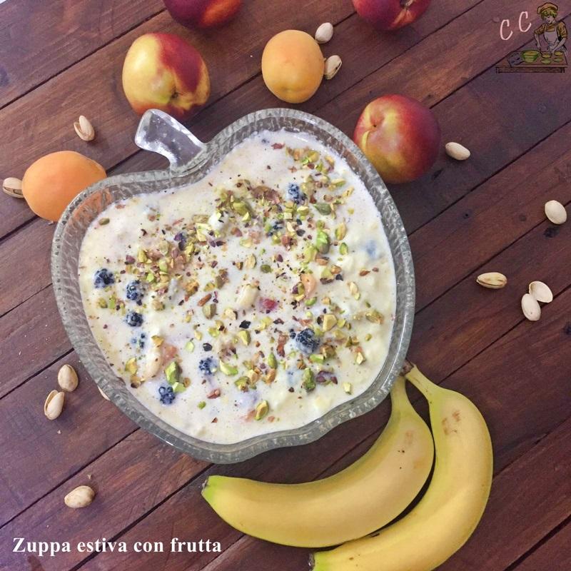Zuppa estiva con frutta