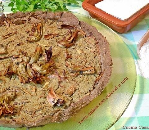 Torta salata con carciofi e tofu
