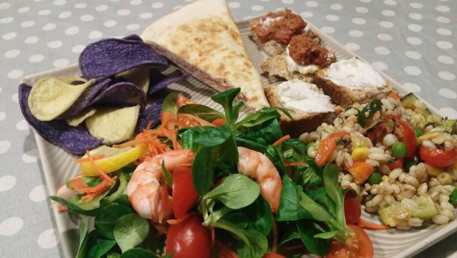 #food #colours #dinner #diet #dukan #quartafase #gamberi #farro #piadina #bluepotatoes #tartare #baccalà #jessyecri #cucinadulight