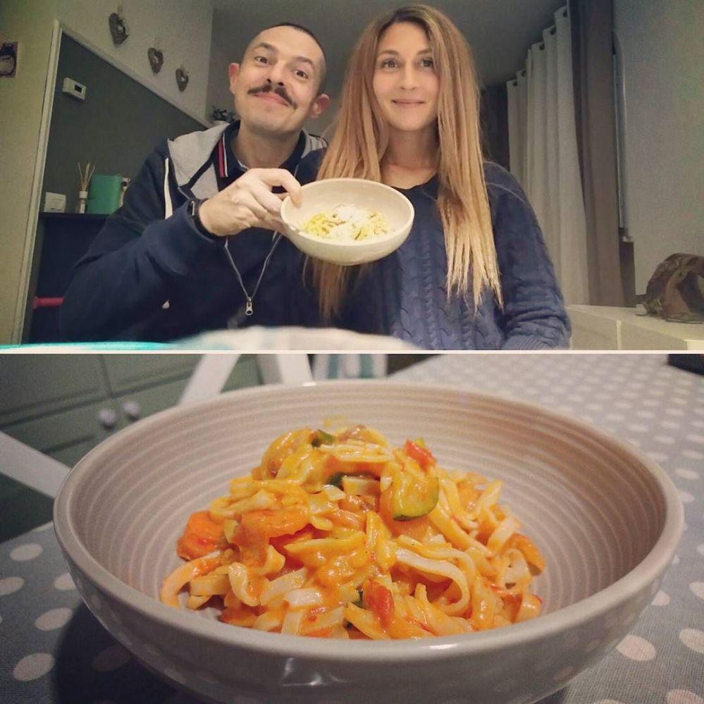 #dinner #cenaperdue #tagliolini #noodles #verdure #ajvar #dukan #diet #quartafase #chef #cheflife #healthyfood #cucinaproteica #fitness #weightloss #cucinadulight
