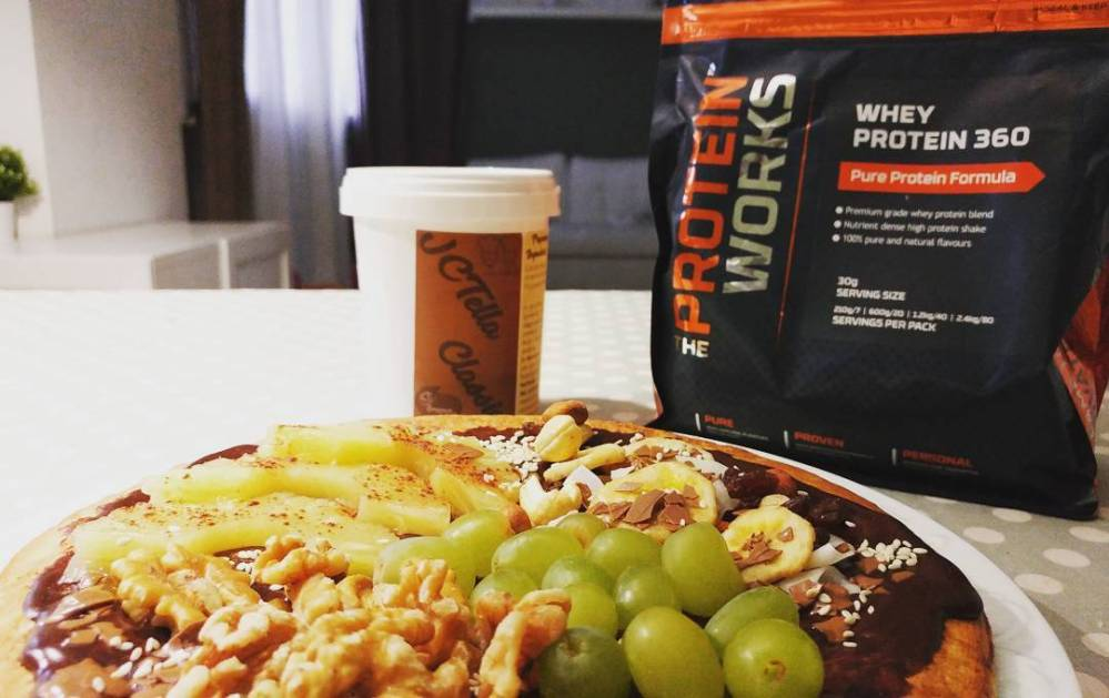Pancakes proteici Dulight con jctella classica e proteine 360 tpw!!! #breakfast #pancakes #jctella #tpw @theproteinworks @theproteinworksitalia #dukan #diet #highprotein #lowfat #lowcarb #lightfood #healthyfood #fitness #weightloss #goodmorning #cucinaproteica #cucinadulight