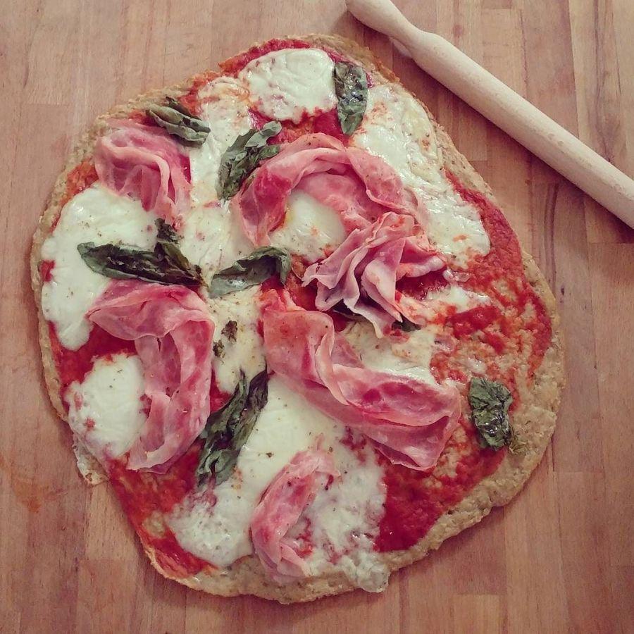 Presto su Tibiona sarà disponibile il preparato per pizza Dulight!! E voi come la farcirete? #pizza #light #lightfood #dukan #diet #preparati #tibiona #pizzalife #weightloss #lowcarb #lowfat #highprotein #fitfood #fitness #cucinaproteica #cucinadulight