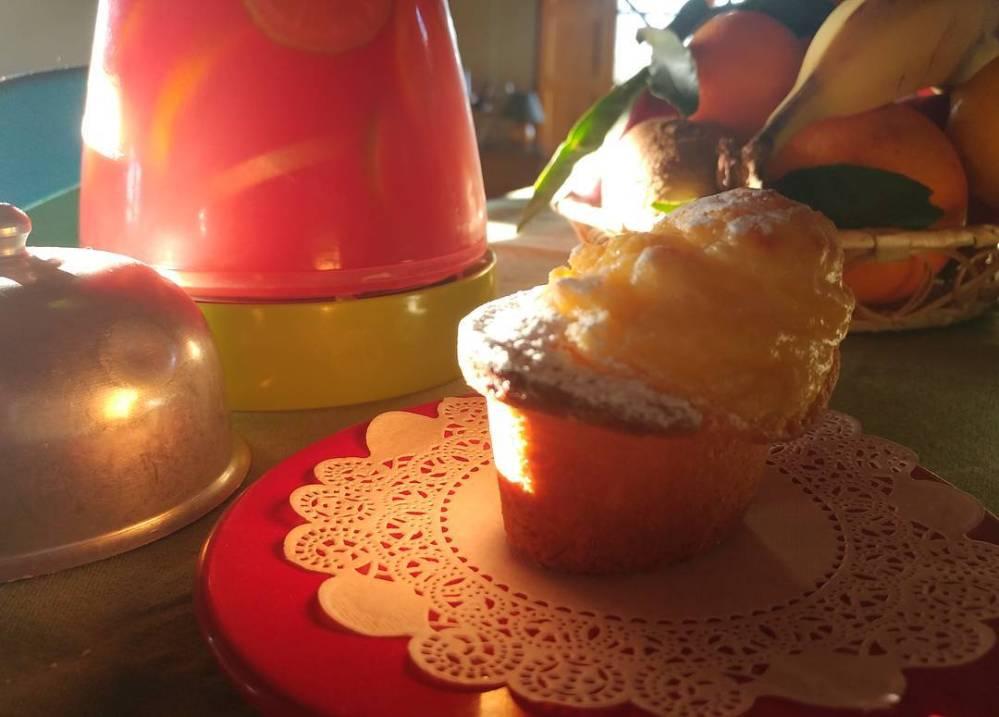 Un vero succo e un pasticcino al riso: il risveglio più profumato di questa stagione! #goodmorning #sun #winter #breakfast #pasticcino #riso #crema #lucca #succo #juice #dukan #diet #quartafase #equilibrio #cucinadulight