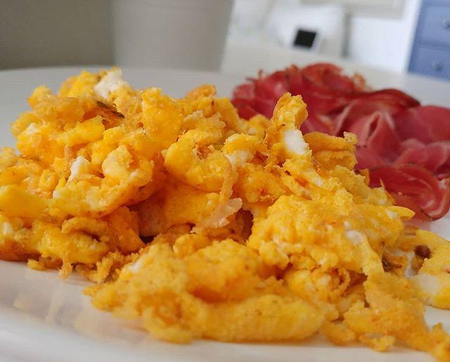 Non servono nemmeno i filtri per questa versione light dell'English Breakfast! #englishbreakfast #uova #eggs #specklight #colours #protein #dukan #diet #dieta #dukanitalia #fitness #fitfood #benessere #weightloss #lightfood #chef #cheflife #cucinaproteica #cucinadulight