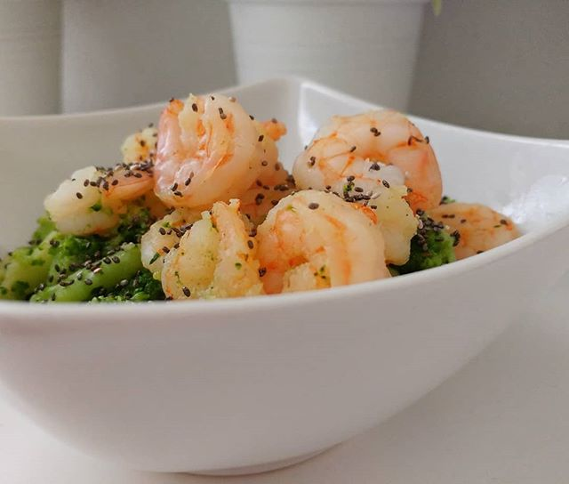#broccoli #gamberi #varoma #bimby #bimbyitalia #semidichia #chiaseeds #dukan #diet #dieta #dukanitalia #quartafase #peso #bilancia #benessere #lightfood #fitness #fitfood #chef #cheflife #cibosano #highprotein #cucinaproteica #cucinadulight